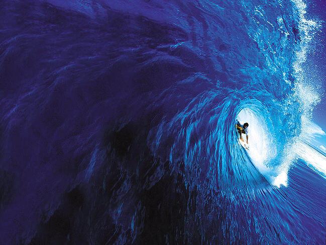 surfer_tube_ride
